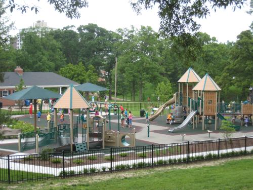 Clayton - Shaw Park playground