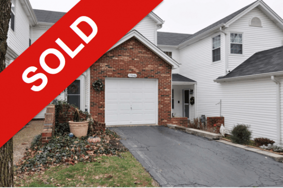 SOLD: 11946 Autumn Lakes Dr (Maryland Heights)