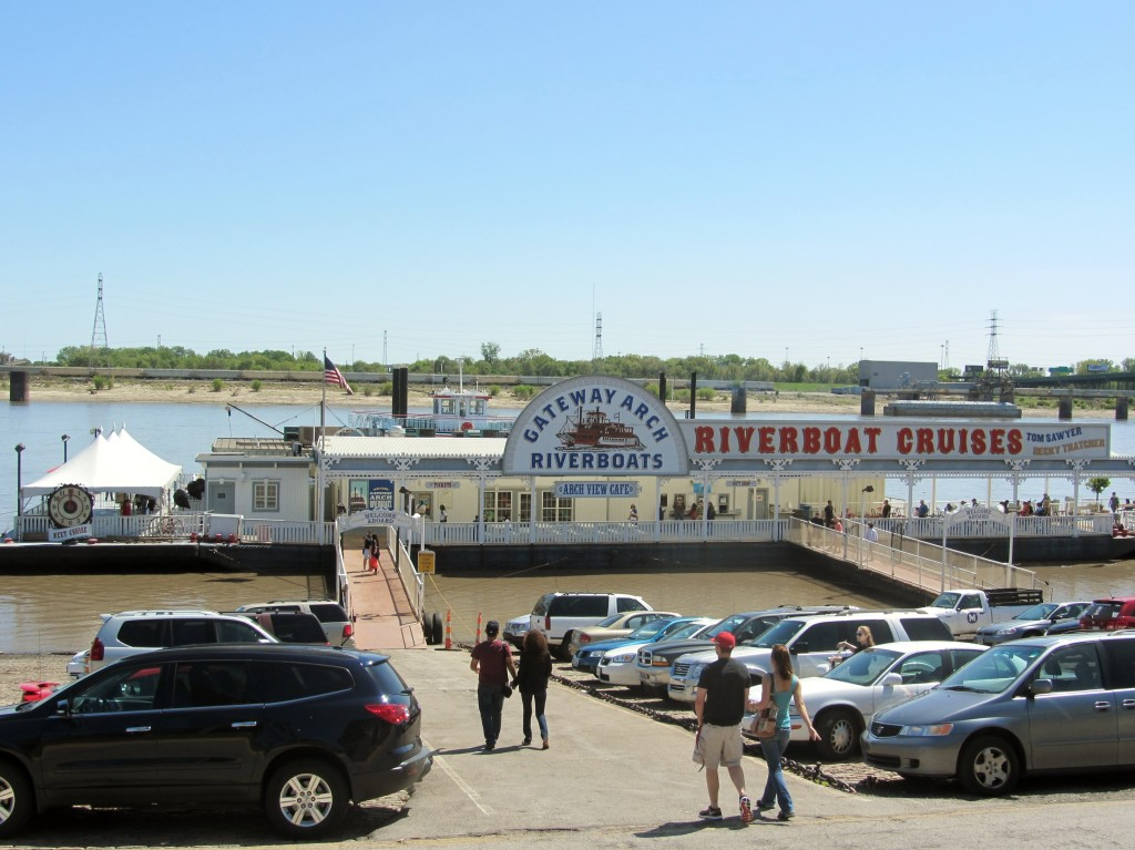 St. Louis riverfront tour boat