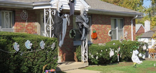 St. Louis Yards Get Ghoulish for Halloween - Arch City Homes