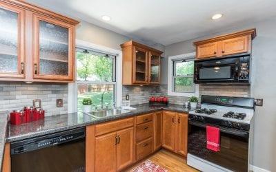 Transform your Kitchen with a New Backsplash